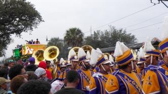 03 endymion parade band