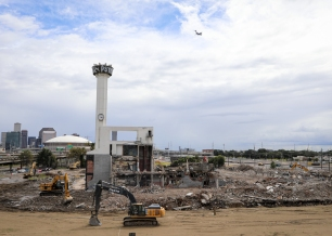 04 times picayune building comes down oct new orleans