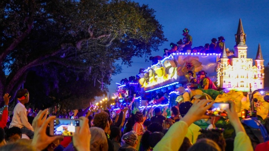 10 endymion cathedral float
