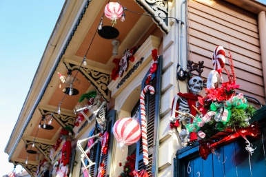 17 christmas decorations in french quarter new orleans