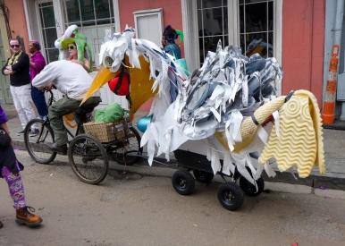 32 mardi gras pelican vehicle