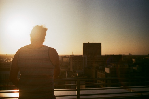 dave at monkey board troubadour rooftop new orleans sunset 35mm
