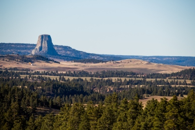 07 approaching devil's tower wyoming