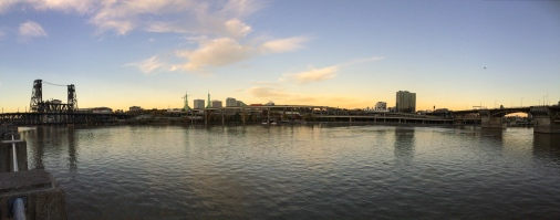 24 portland oregon river panorama