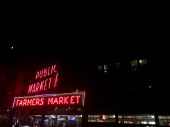 02 pike place farmers market by night seattle