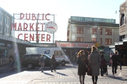 28 pike place by day fall 2017