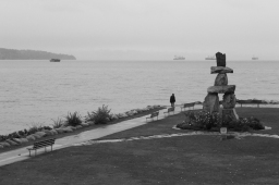 04 inukshuk monument english bay vancouver british columbia black&white