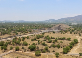 21 teotihuacan pyramid of the moon