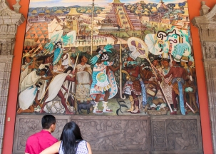 21 rivera palacio nacional mural detail