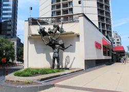 07 philadelphia sculpture