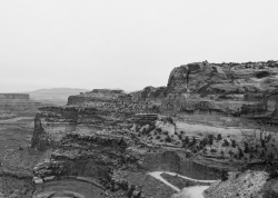 51 canyonlands utah b&w