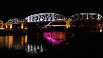 06 nashville bridge at night