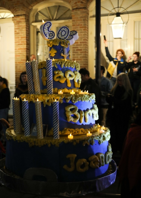 04 joan of arc parade birthday cake twelfth night new orleans