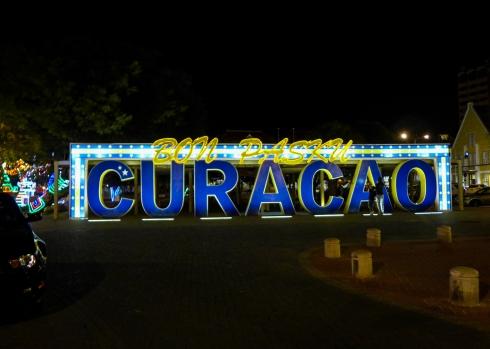 05 curaçao sign