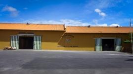 12 curaçao factory