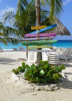 55 curaçao weather station