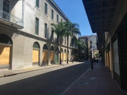 12 french quarter quarantine empty city killer poboys