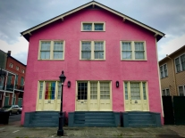 32 french quarter quarantine empty city pink pride house